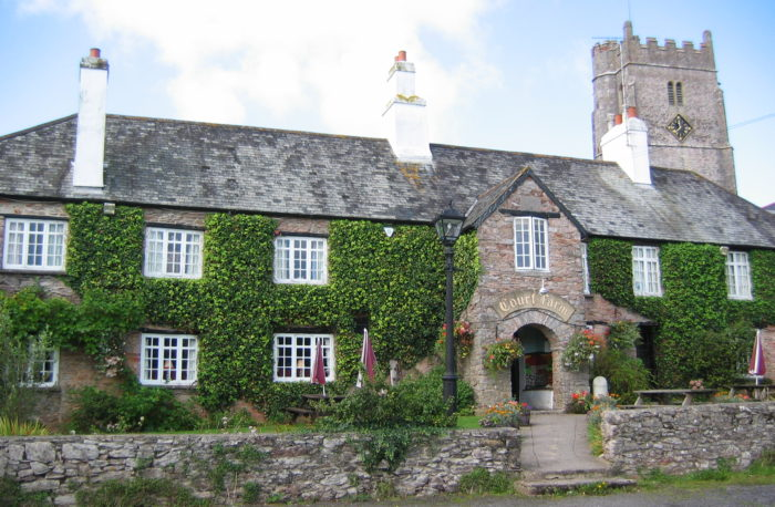 Court Farm, Abbotskerswell