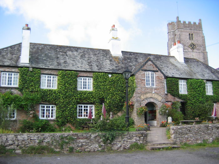 The Court Farm Inn