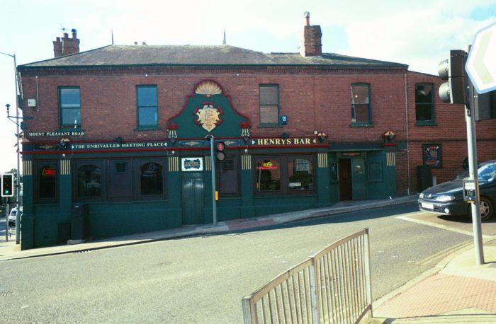 Henry's Bar, Exeter