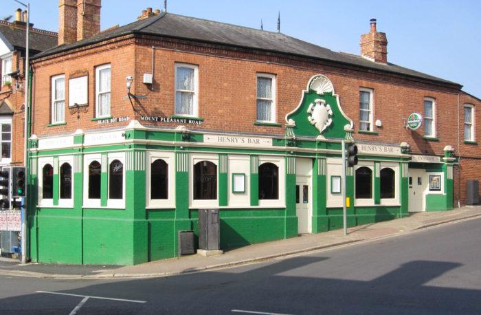 Henrys Bar - Exeter