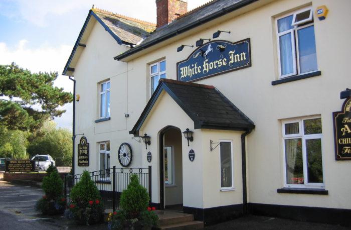 White Horse Inn, Woodbury Salterton