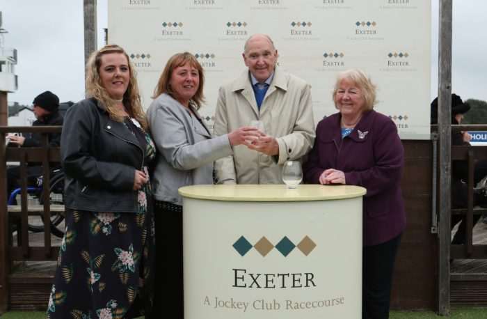 Locomotive Inn Exeter Handicap Hurdle