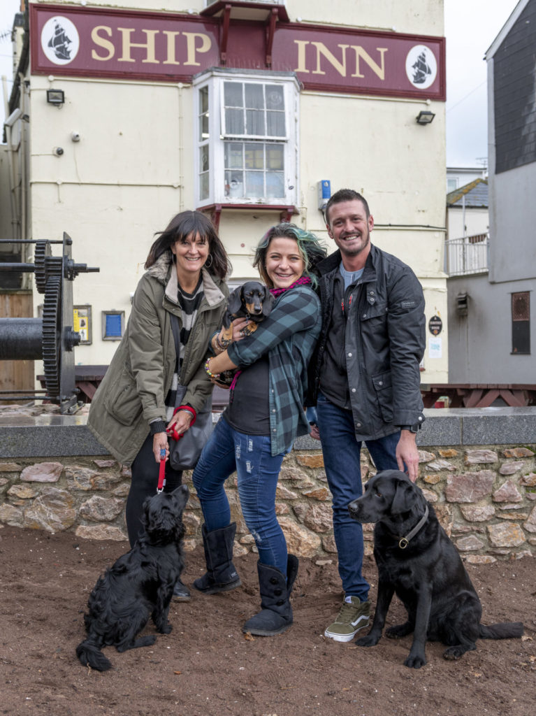 Ship Inn wins dog-friendly pub award